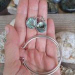 Ayelen big Abalone shell hoops 4